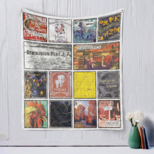Pavement style 2 Quilt Blanket