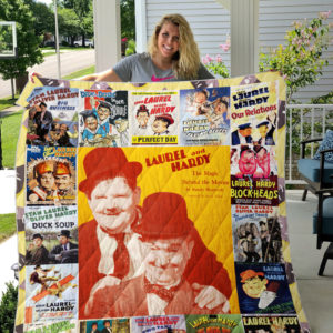 Laurel And Hardy Style 2 Quilt Blanket